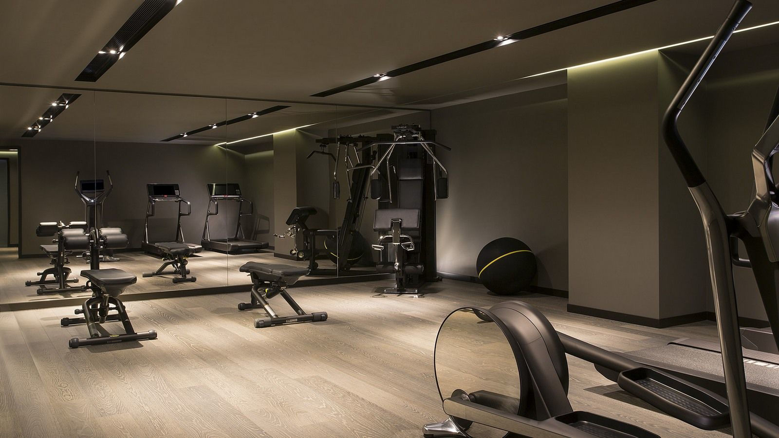 Fitness center falisia resort portopiccolo hotel for Equipement hotel