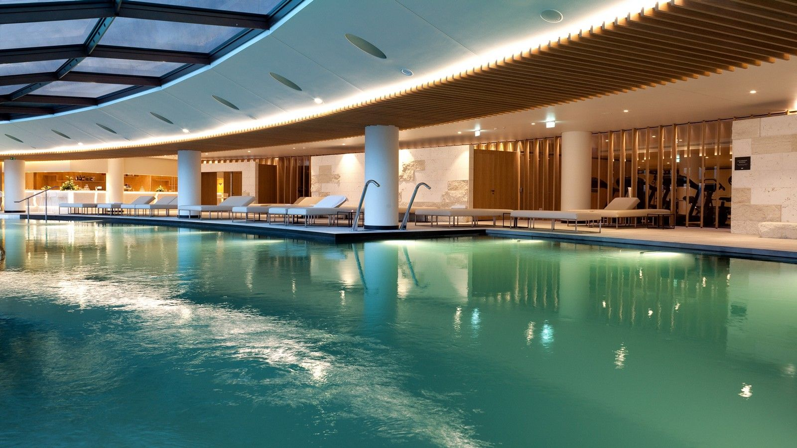 Interior panoramic pool