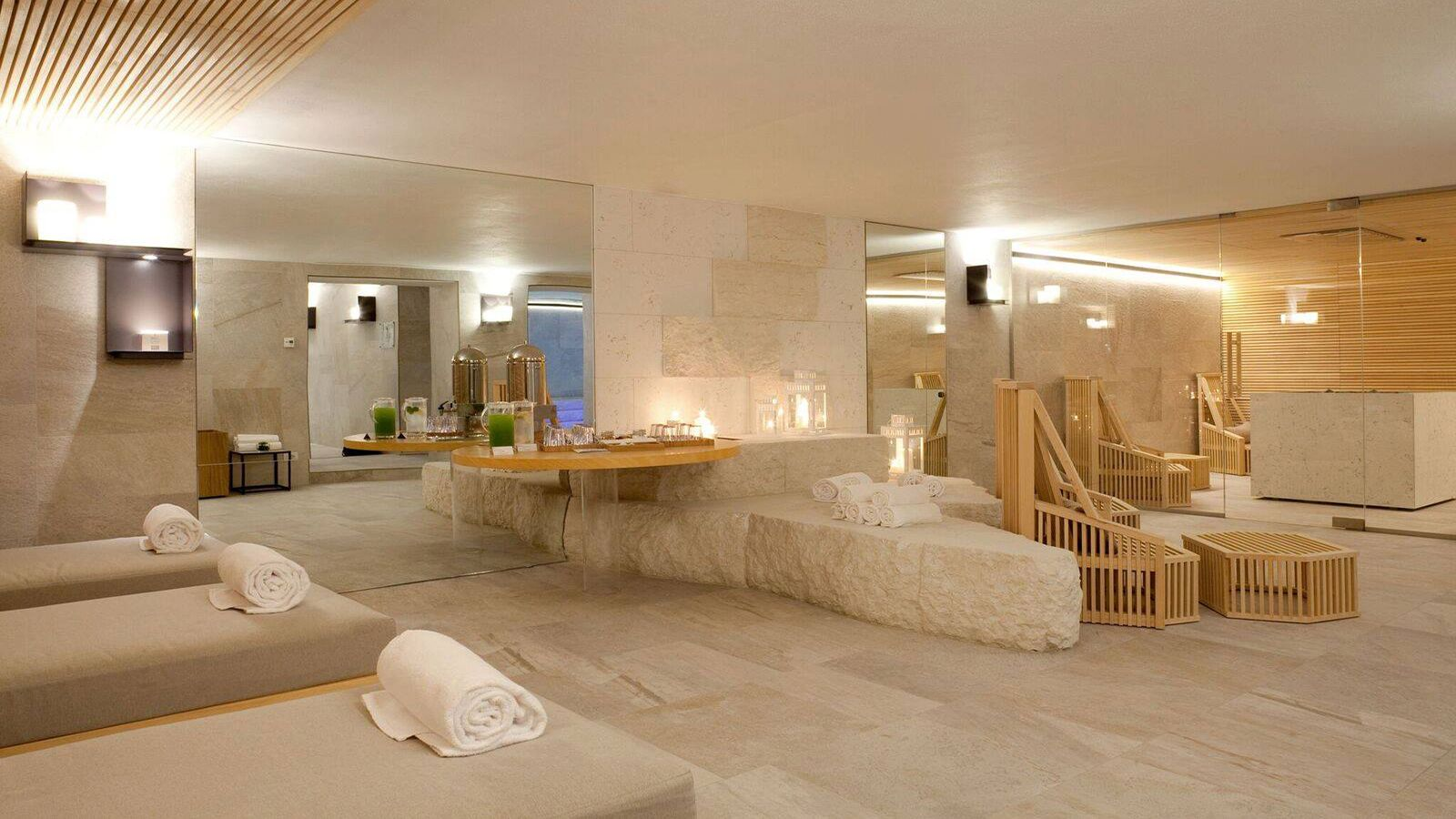 PANORAMIC SPA SUITE & PRIVATE SPA